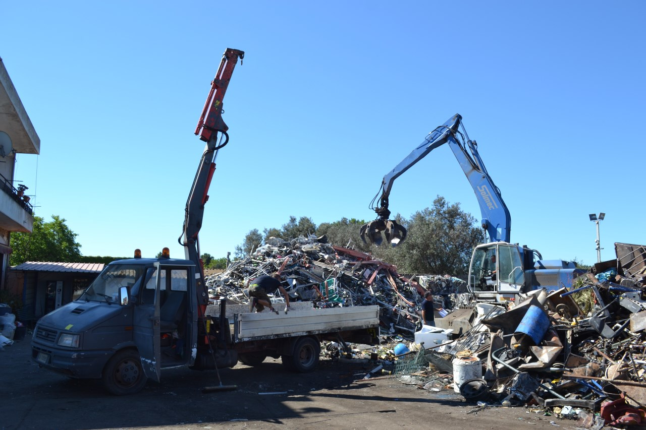 trasporto rottami metallici Decimomannu (CA)