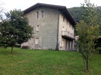 Vicinanze Esine Casa Singola con ampio terreno