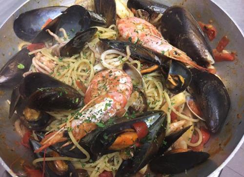 Spaghetti ai Frutti di Mare a Peschiera del Garda Verona