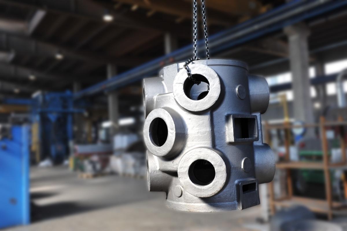 Zylinder in EN-GJS400-15 kg. 1.200