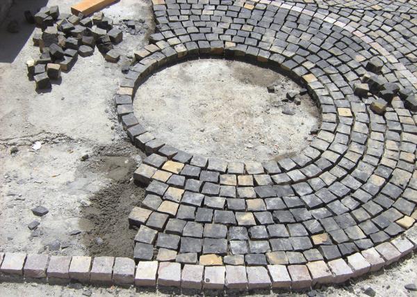 Fornitura e Posa di Pavimentazioni Augustus a Ferrara