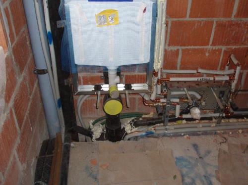 Impianti Acqua Caldafredda Riscaldamento Con Caldaia Scarichi a Trieste