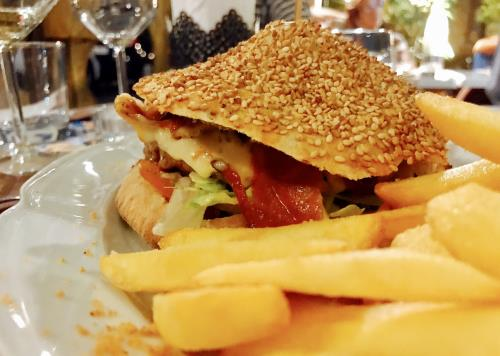 Pizzoburger a Catania