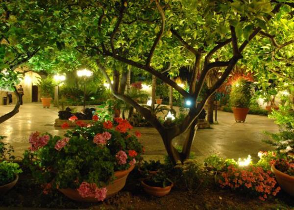 Giardino Villa Giovanni Camillo Della Monica a Lecce