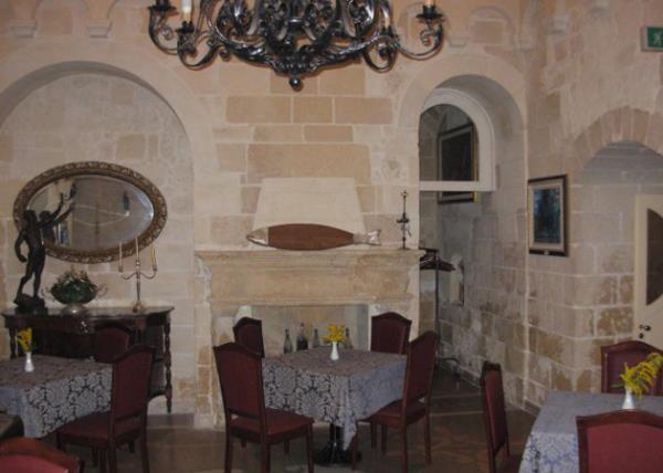 Villa Giovanni Camillo Della Monica a Lecce