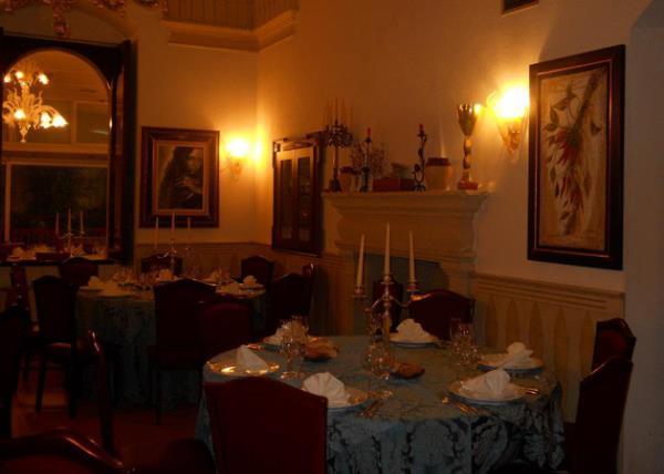 Sala Gialla Villa Giovanni Camillo Della Monica a Lecce