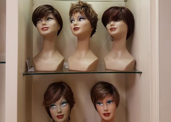 Manutenzione delle Parrucche La Casa della Parrucca a Livorno