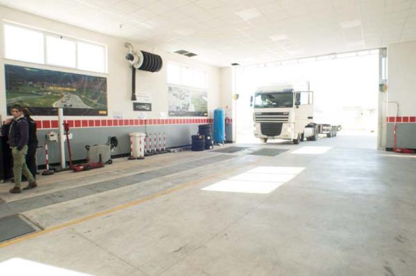 Centro revisione per autocarri superiore a 35 quintali