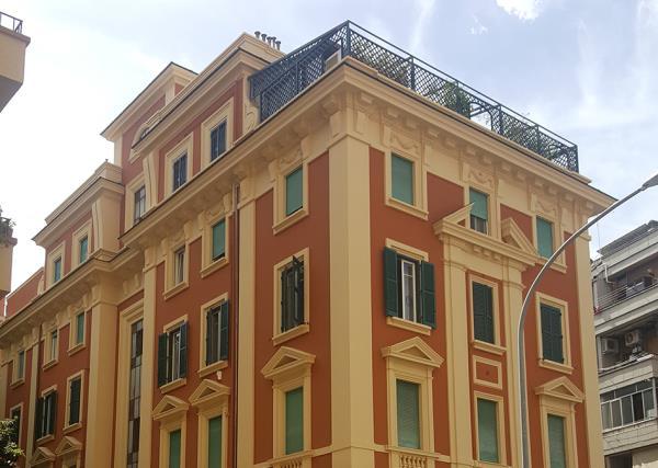 Lavori con Piattaforma - Doppo- LG Restauri a Roma