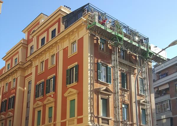 Lavori con Piattaforma - Prima - LG Restauri a Roma