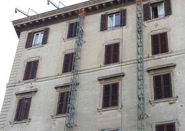 Ristrutturazioni Condomini - Prima - LG Restauri a Roma