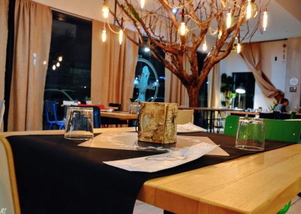Tavoli La Bistronomia i Sapori a Camerano Ancona