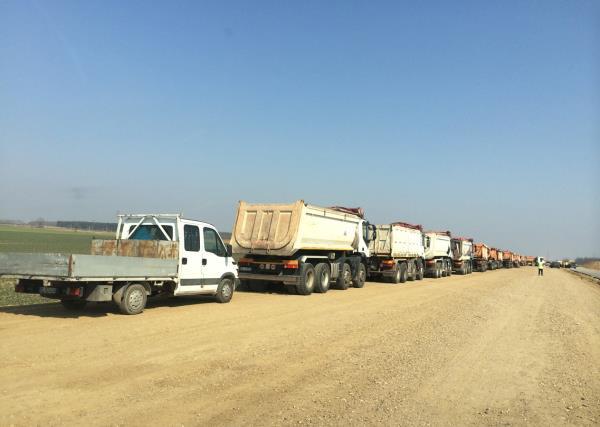 Camion Trasporto Coetra a Carbonate Como