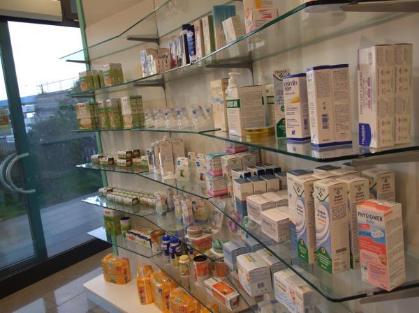 Prodotti per L-infanzia Farmacia dei Papi a Viterbo