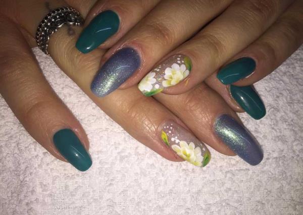 Trattamento di Unghie Centro Estetico Nails&Beauty a Portomaggiore Ferrara