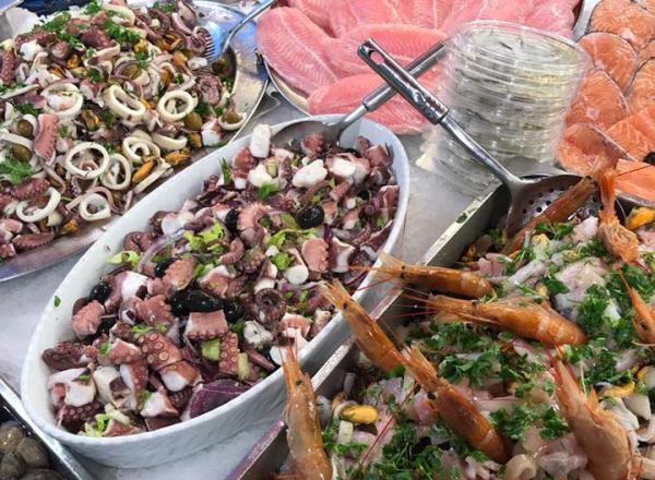 Insalata di polpi, insalata di mare fresche e già pronte da gustare! Pescheria Pisano Palermo