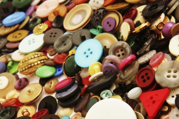 Riparazione di Bottoni Le Vie del Cucito a Torino