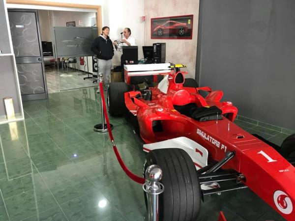 Ferrari F1 Luxury Cars and Coffee a Salerno