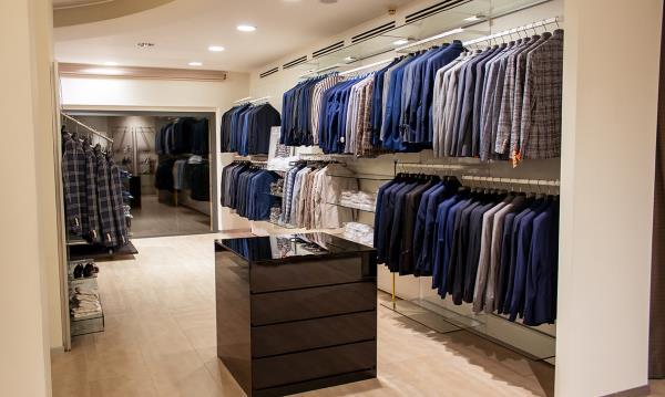 Biondi Abbigliamento Uomo a Castelleone di Suasa Ancona