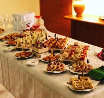 Rustici e pasticceria salata per catering