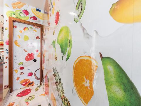 Adesivo murale/pavimentale