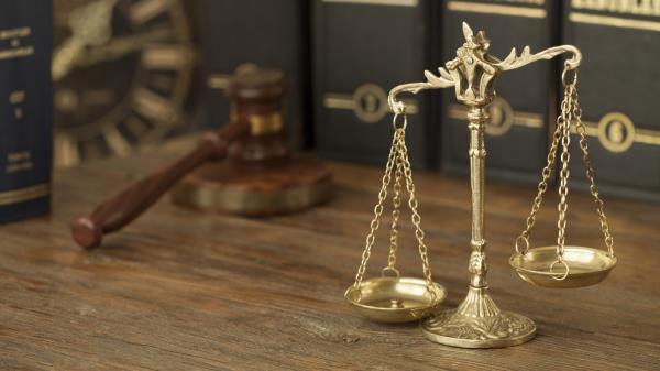 Bilancia legge