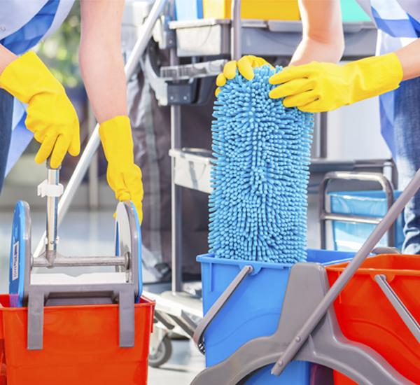 Prodotti per la pulizia pavimenti