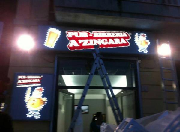 Realizzazione insegna luminosa pizzeria