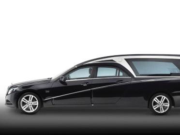 Auto funebre aziendale