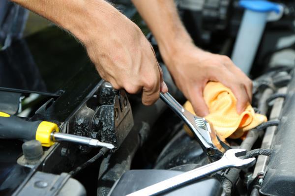 Riparazione e manutenzione auto