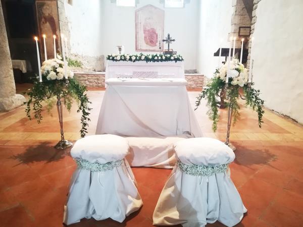 Allestimento matrimonio chiesa
