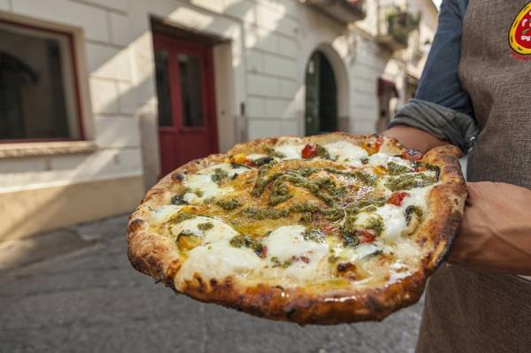 Pizzeria Vesi Spaccanapoli pizzeria hamburgeria