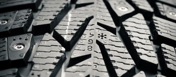 Controllo battistrada pneumatici