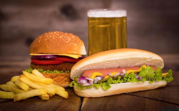 Hamburger e hotdog
