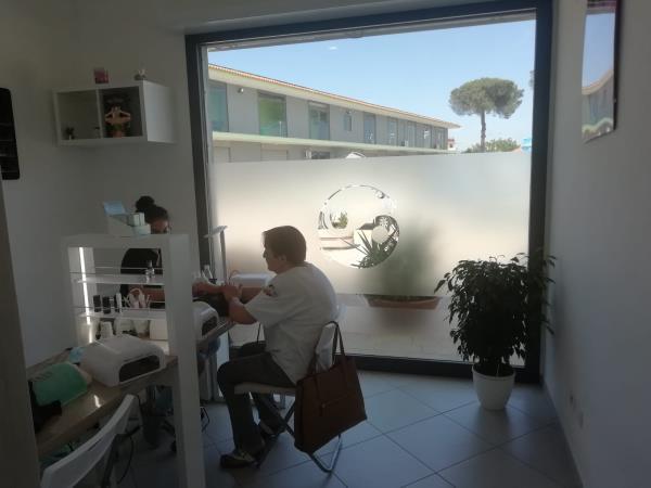 Centro estetico specializzato in trattamento mani