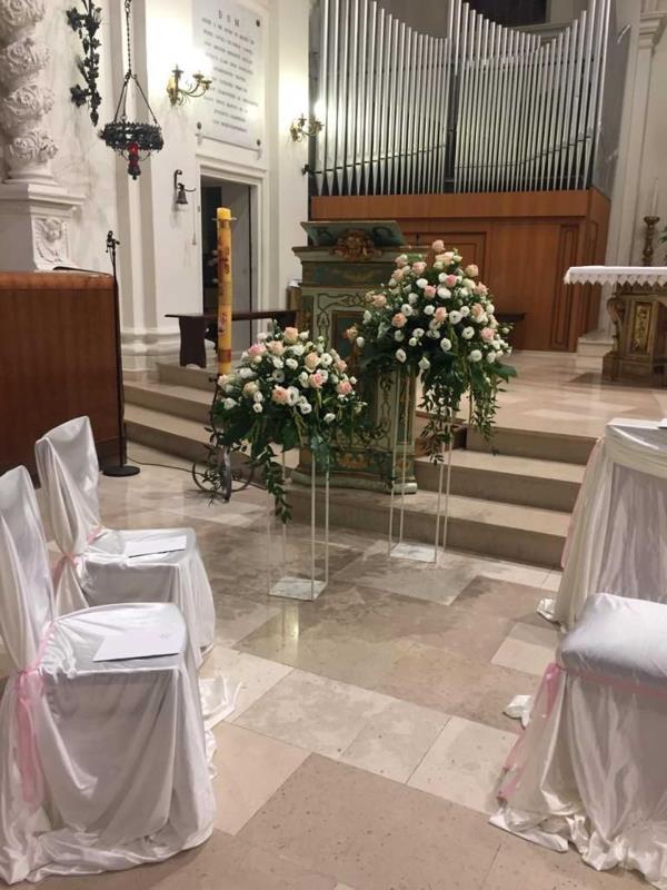 Creazioni floreali matrimonio religioso