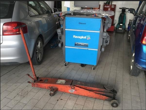 Revisione e gonfiaggio pneumatici