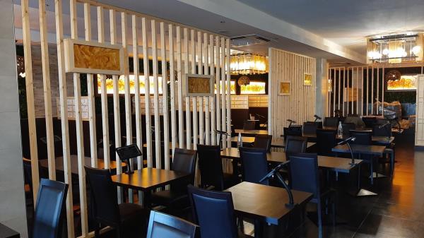 Interno locale ristorante orientale Zen Sushi & Asian Cuisine