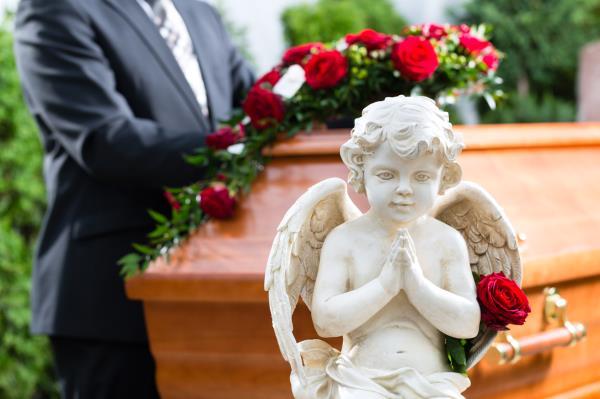 Vendita statue funebri in marmo
