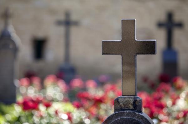 Vendita oggetti sacri per cimiteri