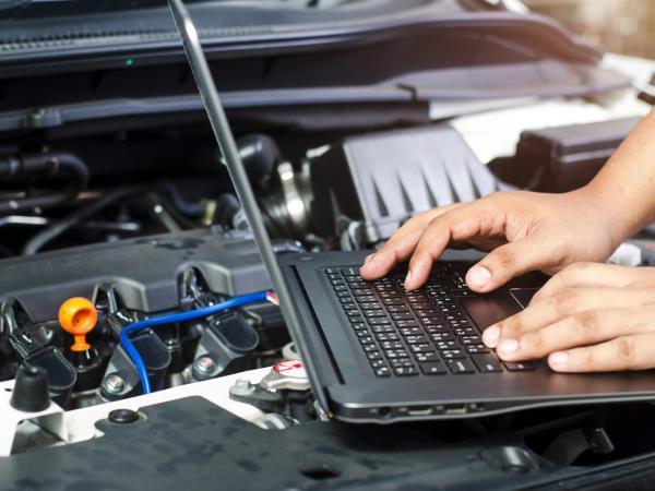Diagnosi elettronica su auto multimarche