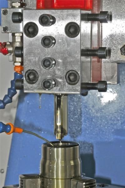 lavorazioni di precisione Officina meccanica FV Castenaso Bologna