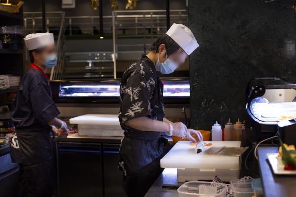 Preparazione Sushi Kirin Restaurant Sassari