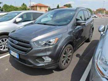 Ford Kuga 1.5 120cv st-line powershift 2017