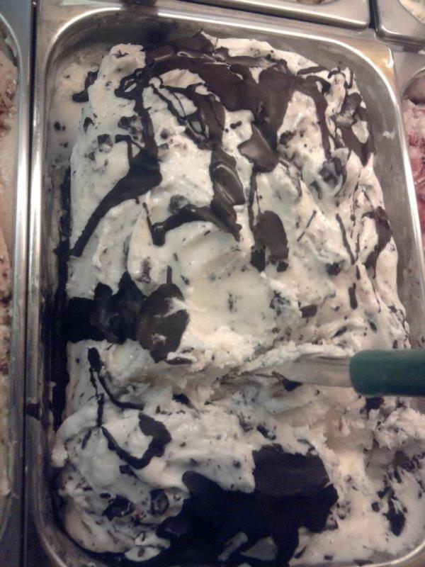 gelato stracciatella