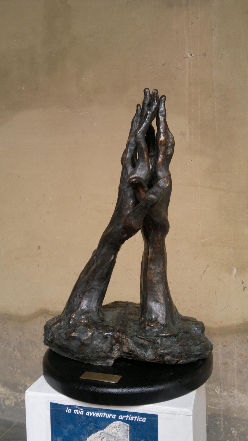 mani bronzo