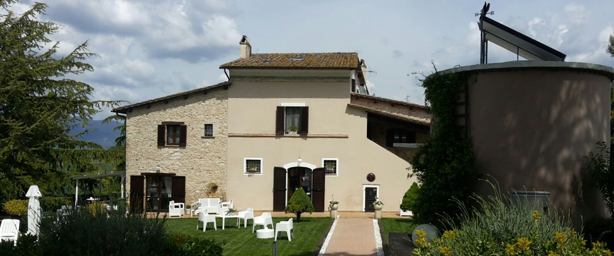 Authentic farm holidays with rooms in the Narni countryside of Umbria
