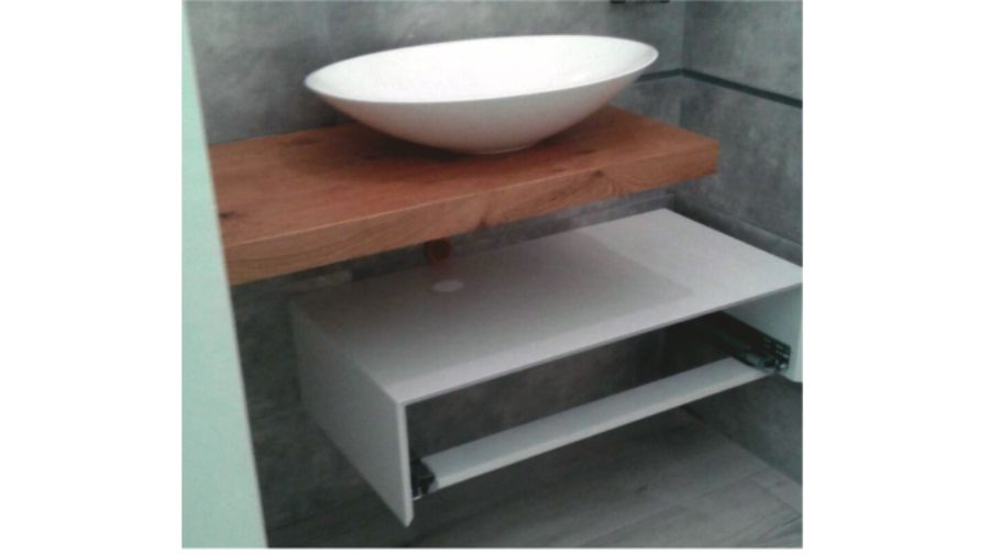realizzazione mobili bagno