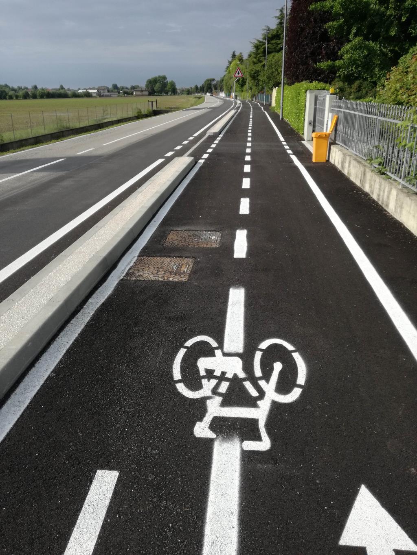 Pista ciclabile lungo via San Michele a Brugnera (PN)