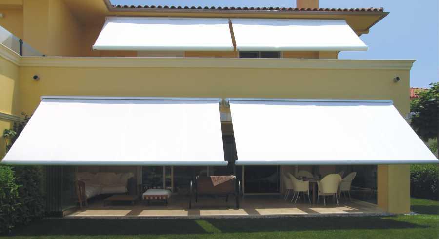Vendita ed Installazione Tende da Sole Tende da sole a Bracci Tende da sole a Bracci Cassonate Tende da sole a Cappotina Imperia Savona Costa Azzurra  Cuneo Piemonte | TENDE & COMPANY San Bartolomeo al Mare